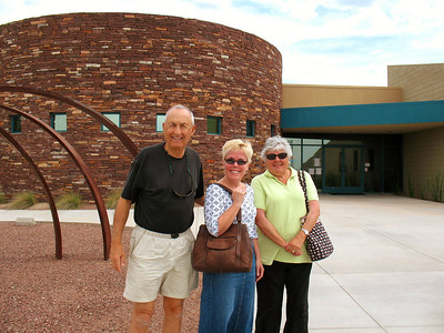 10/3/08: Dad, Diane, and Mom at WNPA.