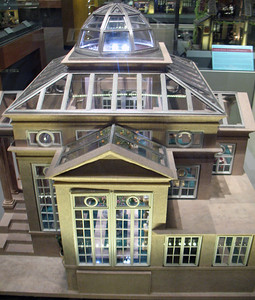 The intricate detail and craftsmanship of these doll houses is great.