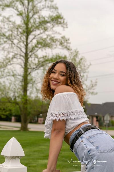 Gabby Shackelford_Senior Pics 5/5/18