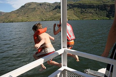 Crazy kids to jump in the numbing waters of Apache Lake