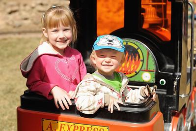 Colorado Springs Zoo 3-29-12