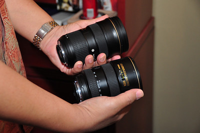 24-70 f28 in left hand, 17-55 f2.8 in right. Both lenses are rented to see which I like the best. These are some HEAVY lenses!