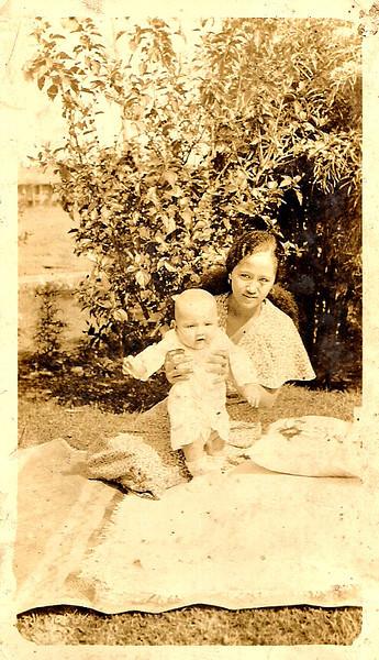 Auntie Cicing & Mary Etta<br /> 1934