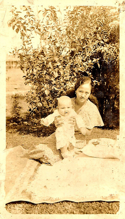 Auntie Cicing & Mary Etta<br /> 1934