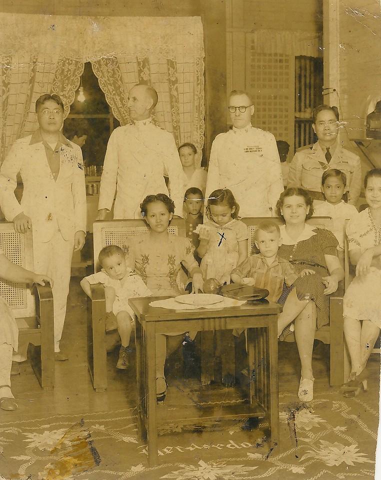 Dad, Arthur (sitting next to Mama), Mama, Mary (standing next to Mama), Sonny (next to Dad), Jaime (behind Dad)<br /> 1940
