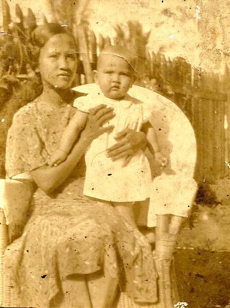 Mama & Mary Etta<br /> 1935