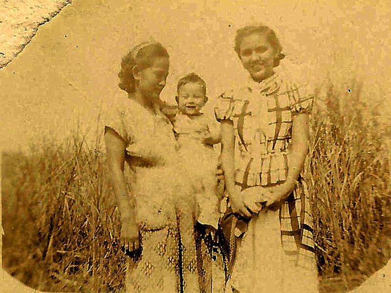 Mama, Rick and Mary<br /> 1952