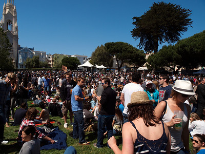 Way too many people, many of them drunk, at the North Beach festival.