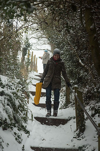 Snow-Exminster-1565