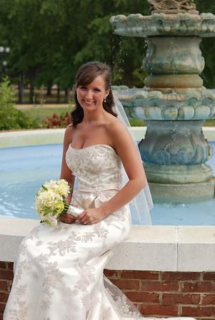 Hali's Bridal