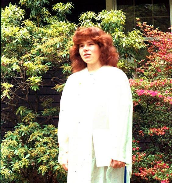 Jess graduates from highschool, 1983.