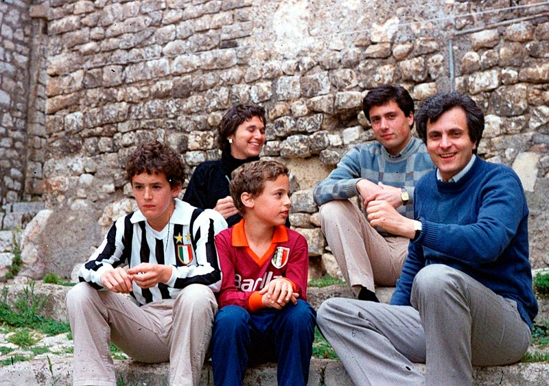 Outside Roma in 1983 .