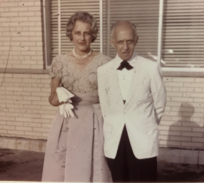 Freddie and Edna Straus attend Neal and Judy Barmack's wedding in 1964