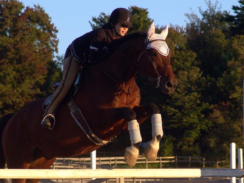 DSC00948 Daniele jumping