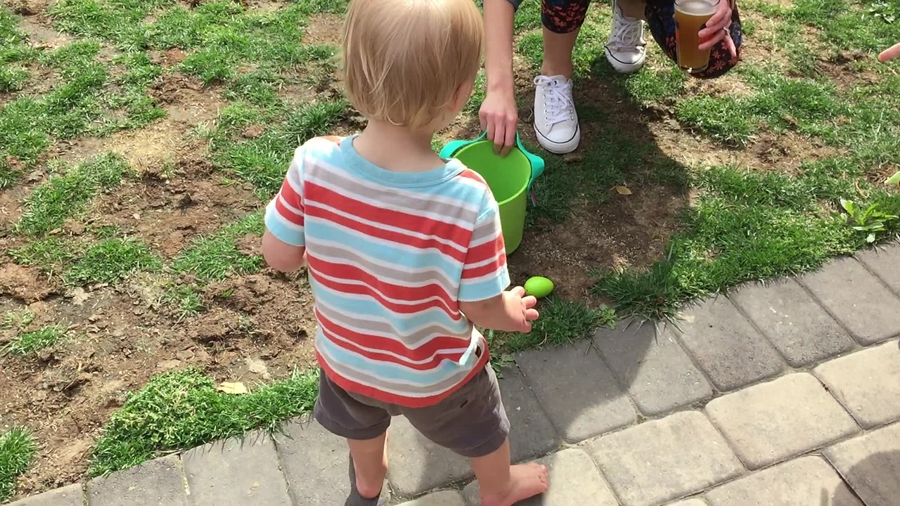 Neighbor Easter Egg Hunt '17