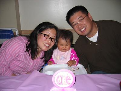 2006Sept02 Caitlyn Ju 1st Birthday