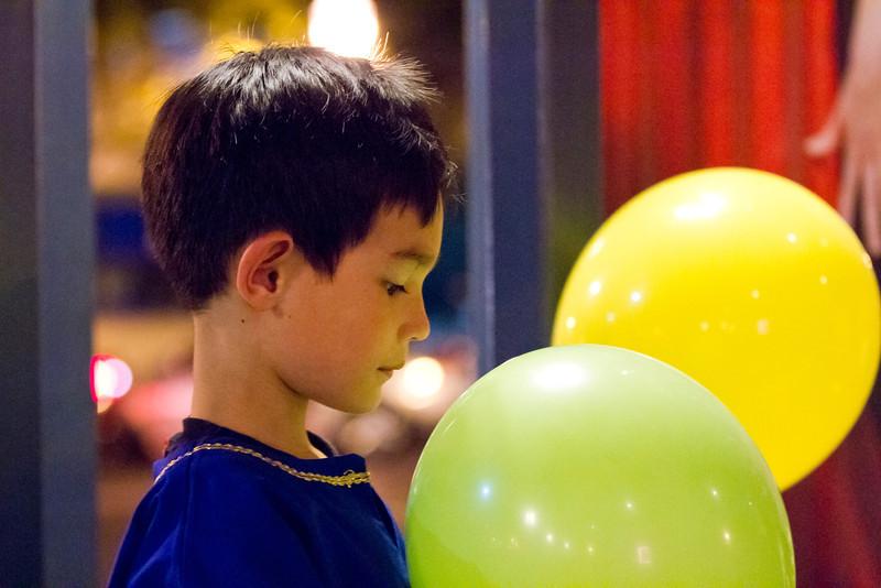 091 Ethan balloons
