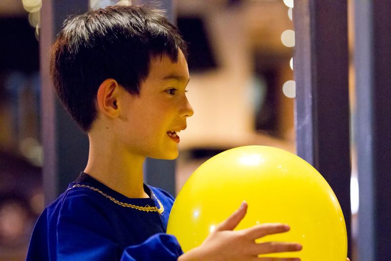 093 Ethan balloon