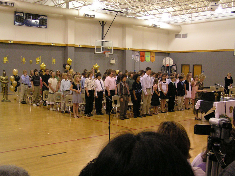 The 6th grade for 2006/2007 at Norton Elementary.