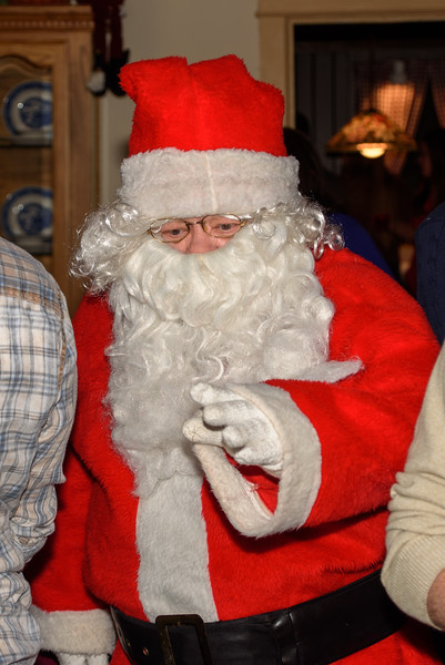 20151220_Christmas_Party_001
