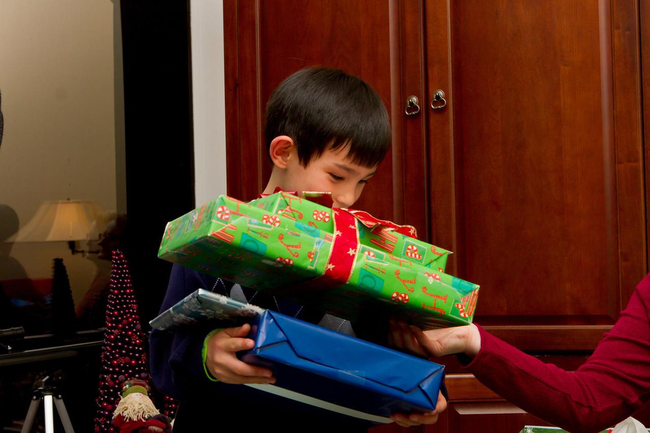 041 Ethan presents