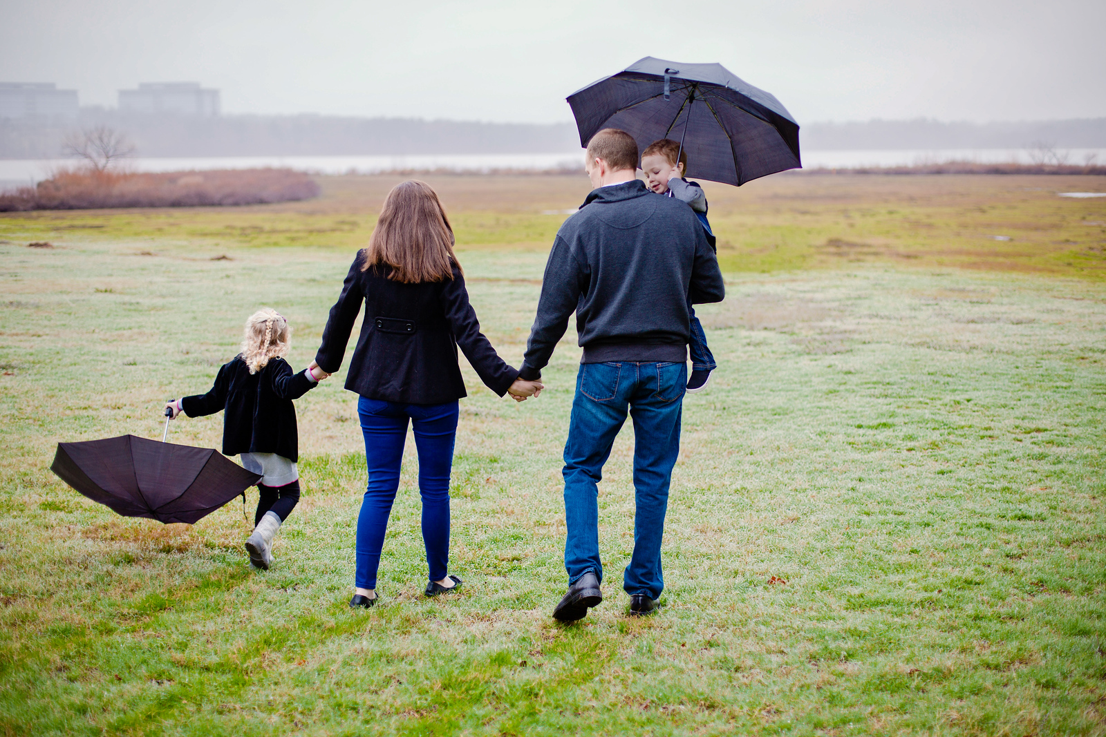 rainy day family pictures