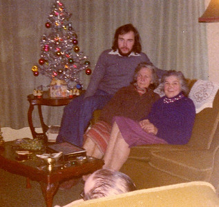 DPB-158: David Barr,  Emily (Cissy) McKeown and Lizzie  McKeown Christmas circa 1970 at 187
