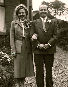 DPB-171: May McKeown and David Barr Snr on Wedding Day, 26th June 1952 at 187.