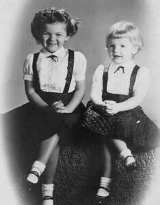 19530601-Studio-Linda-Kathy.jpg