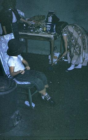 19591223_kids_in_basement_j