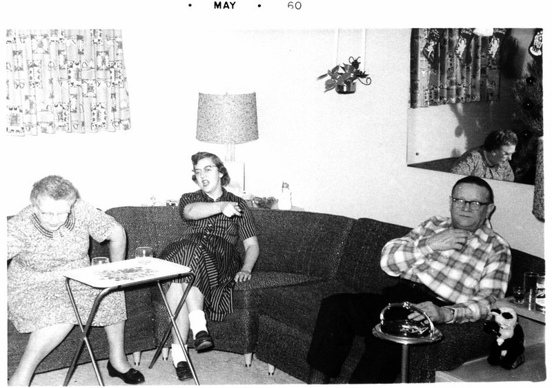 1960 - Auntie Martha, Mom, Uncle Eddie
