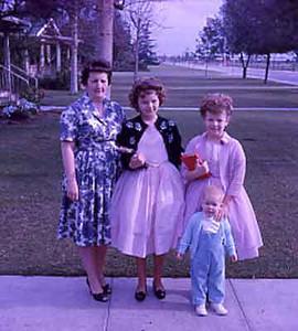 19620601-Pat-Linda-Kathy-Jo.jpg