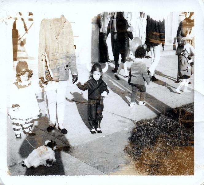 1965-10 Halllween