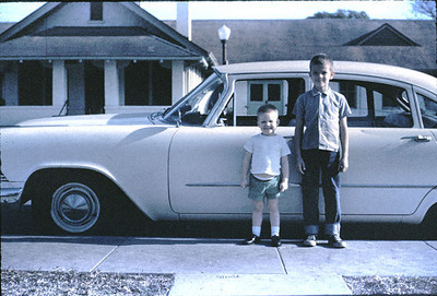 19650601_2_car_and_boys
