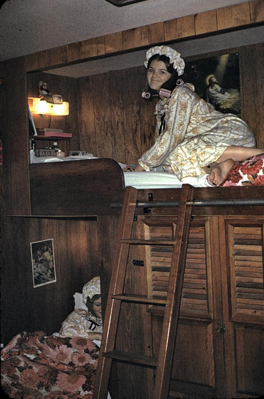 Kathy and Linda in their built-in bunkbeds.