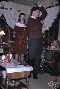 19671224_december_linda_and