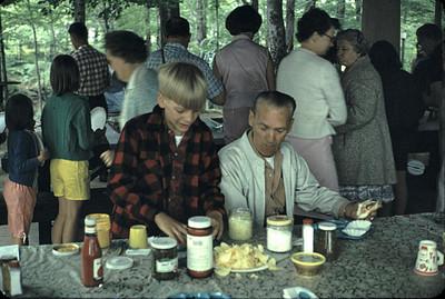 19670601_family_reunion_2