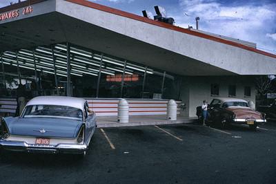 19680101_dinner_at_mcdonald