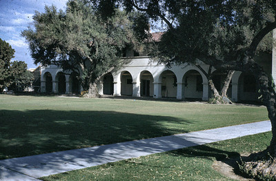 rancho building