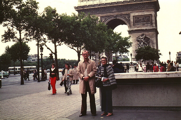 Lois & Russell Bellmor Arc De Triumph Paris Europe Trip Sept 1979