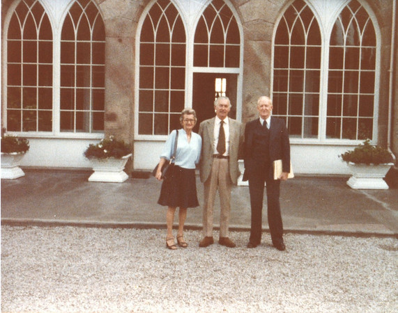 Lord Cholmondeley, Lois & Richard Bellmor At Cholmondeley Family Castle Europe Trip Sept 1979