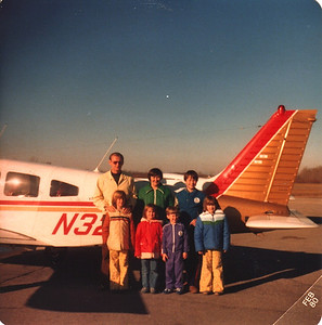 Russell Bellmor Flying Sandy, Doug, Lori, Lisa Roberts & Cindy & Greg Oakley From Michigan To Canada Dec 1979
