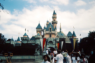 1989-07 Disneyland