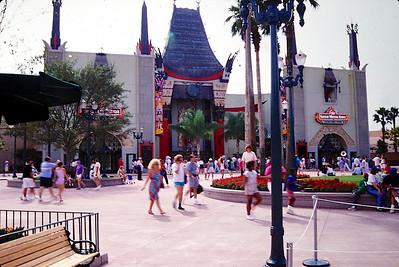 1989-12 Disney World