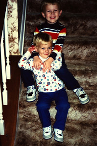 1989:10 Justin & Morgan Bellmor At Mommy Carolyn's Home