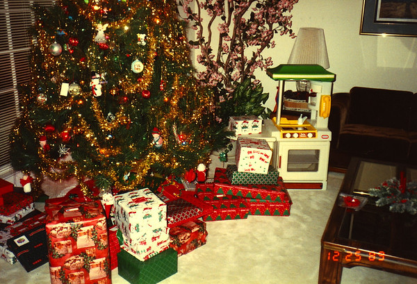 1989:12 Christmas At The Bellmor's