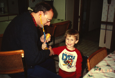 1989:12 Justin & Russell Bellmor Christmas Day
