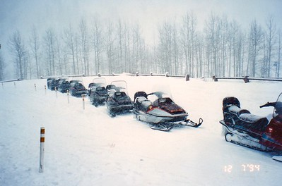Snowmobiling Apple Task Force Meeting Aspen, Colorado December 1994