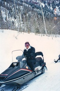 Russell Snowmobiling Apple Task Force Meeting Aspen, Colorado December 1994