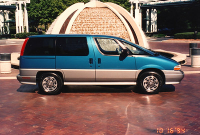 Ann Bellmor's 1995 Chevrolet APV Van 10-1994 02